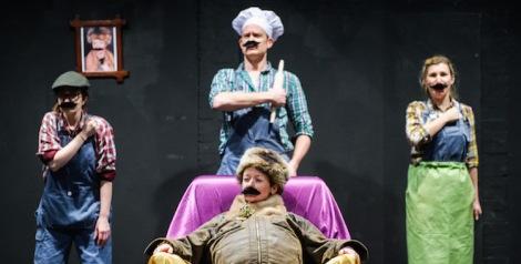 The-Dragon-Tangram-Theatre-@-Southwark-Playhouse-c-Alex-Brenner